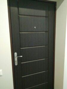 Замена накладки на металлической двери